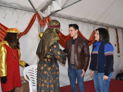 LaOJE Archenaha organizado en el antiguo colegio Miguel Medina la recepción del Cartero Real