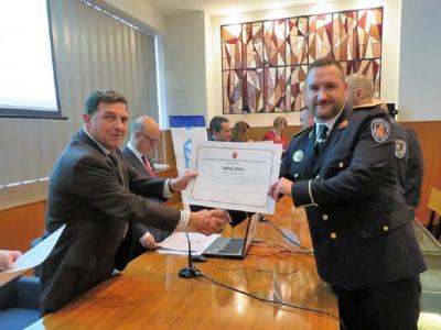 José Velasco, Jefe de la Policía Local de Archena, distinguido por un programa pionero sobre técnicas de comunicación