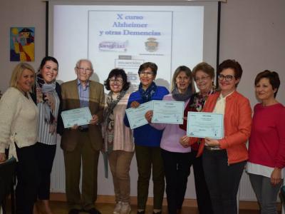 Entrega de diplomas de la X edición del curso 'Alzheimer y otras demencias'