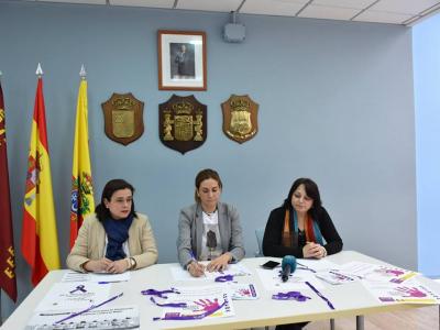 La Alcaldesa y la Concejala de Cultura y Mujer presentan el programa de actividades con motivo del