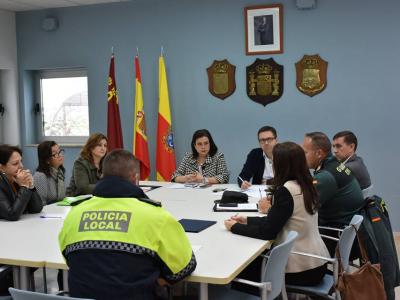 Esta mañana han tenido lugar en el Ayuntamiento dos mesas de coordinación relacionadas con el programa de actos de la Semana contra la Violencia de Género
