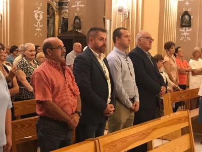 Misa solemne de laCofradíade la Santísima Cruz de los Espejos en la iglesia de San Juan Bautista