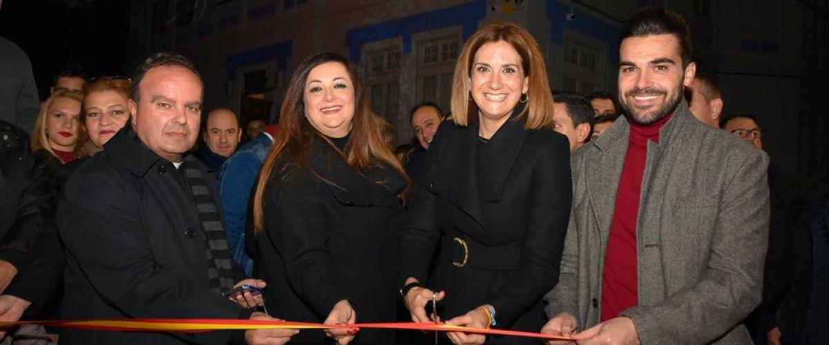 Un millar de personas asisten a la inauguración del monumental belén municipal
