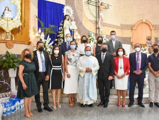 Misas dedicadas a la Cruz de los Espejos y Cristóbal Guerrero y a la Virgen del Rosario de La Algaida, ésta última por Fiestas Patronales