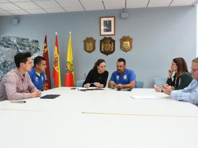 Reunión de la Alcaldesa y técnicos municipales ante el aviso de alerta amarilla de la AEMET