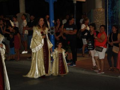Toda la información del gran Desfile Parada de Moros y Cristianos. Amplio reportaje fotográfico